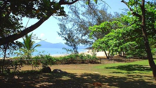 Yorkeys Cairns Beachfront Holiday Apartments Resorts Queensland Australia